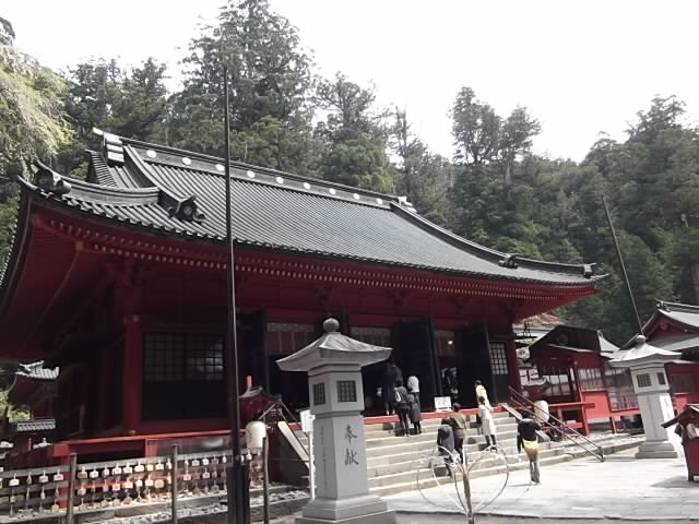 二荒山神社 拝殿