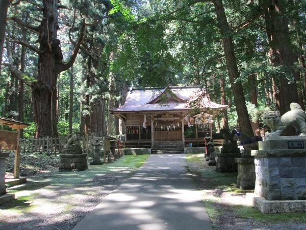 岩鬼山神社 拝殿