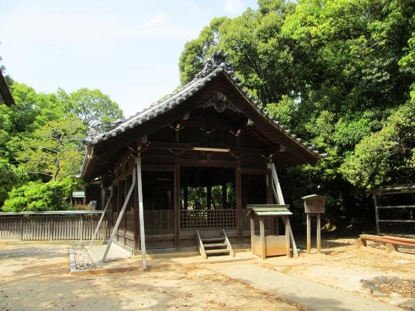 山神社 社殿