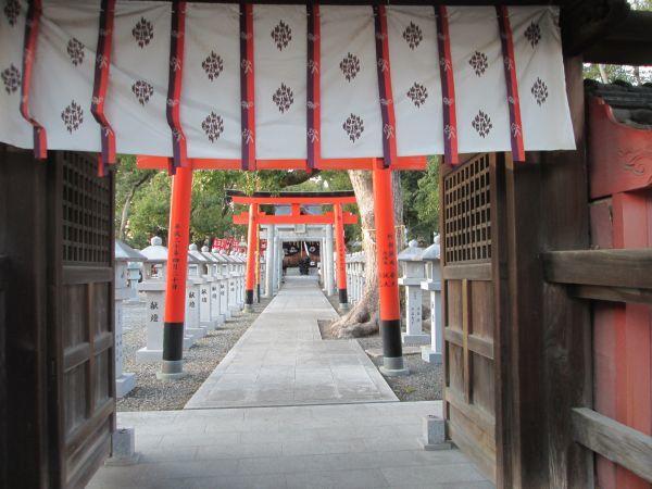 葛の葉稲荷神社